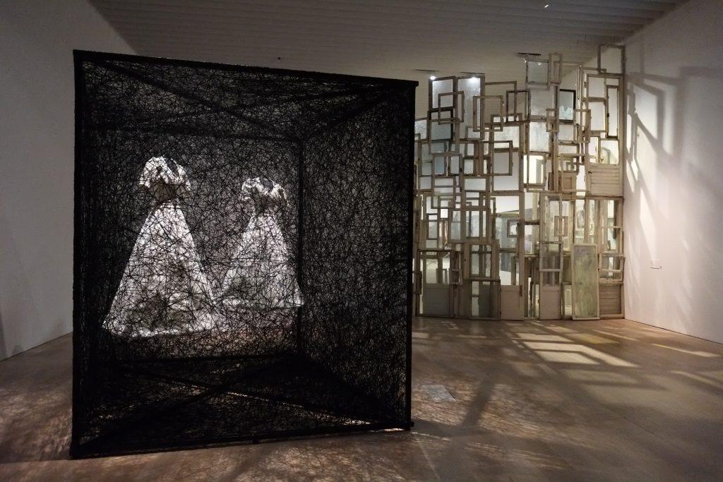Chiharu Shiota - Reflection