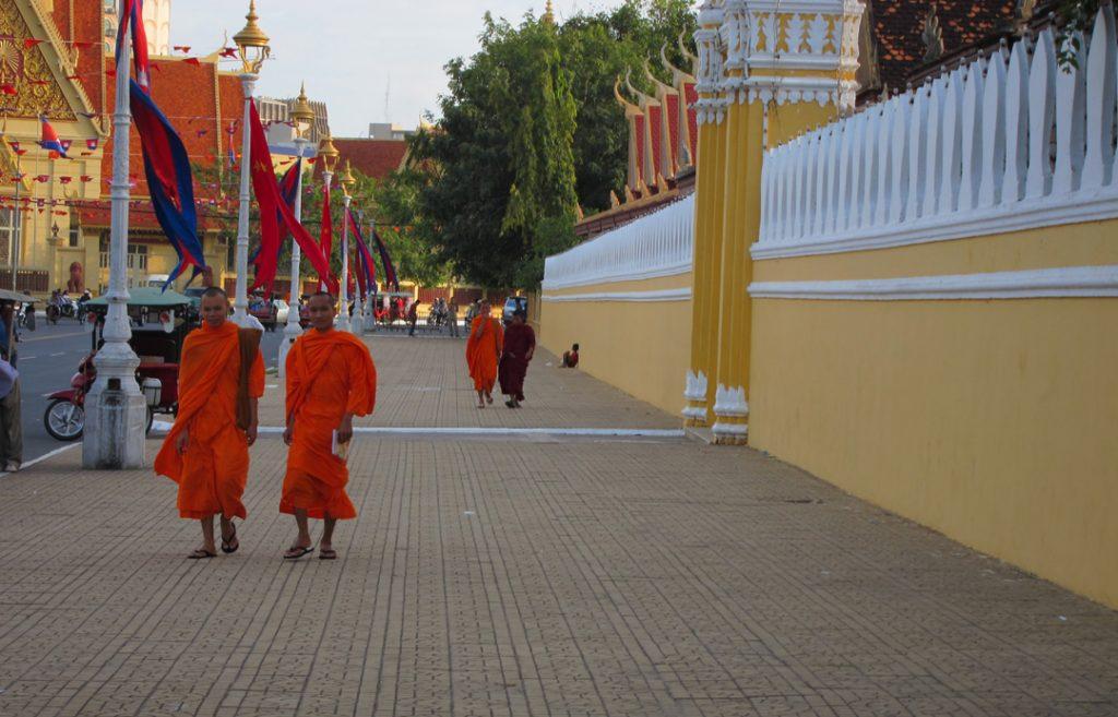Monks Phnom Pehn