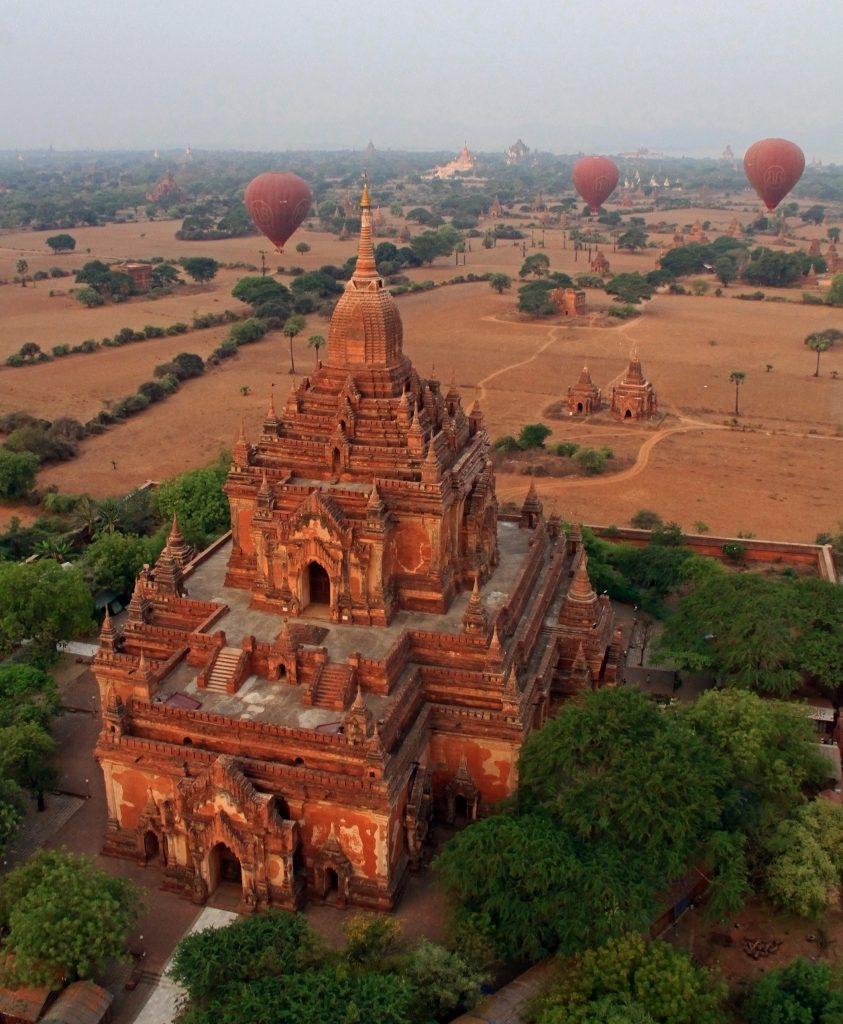 Myanmar - Majestic Bangan Temple