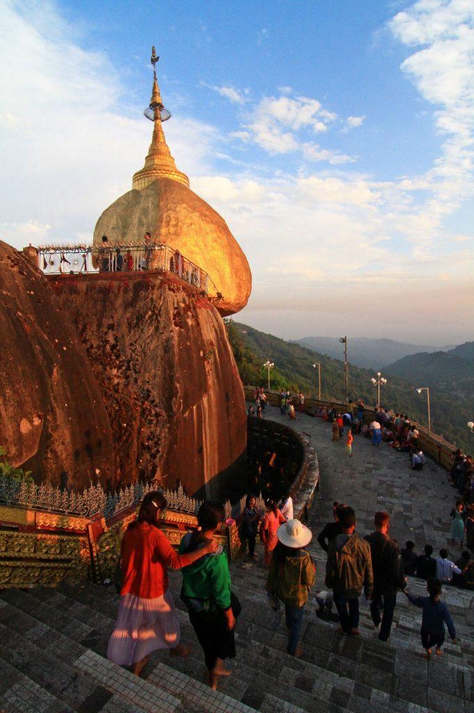Kyaiktiyo - Gold Rock. Burma Myanmar