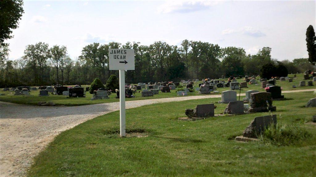 Finding James Dean's grave